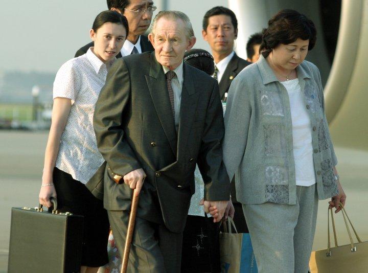 Former US Army Sergeant Charles Robert Jenkins Arrives in Tokyo