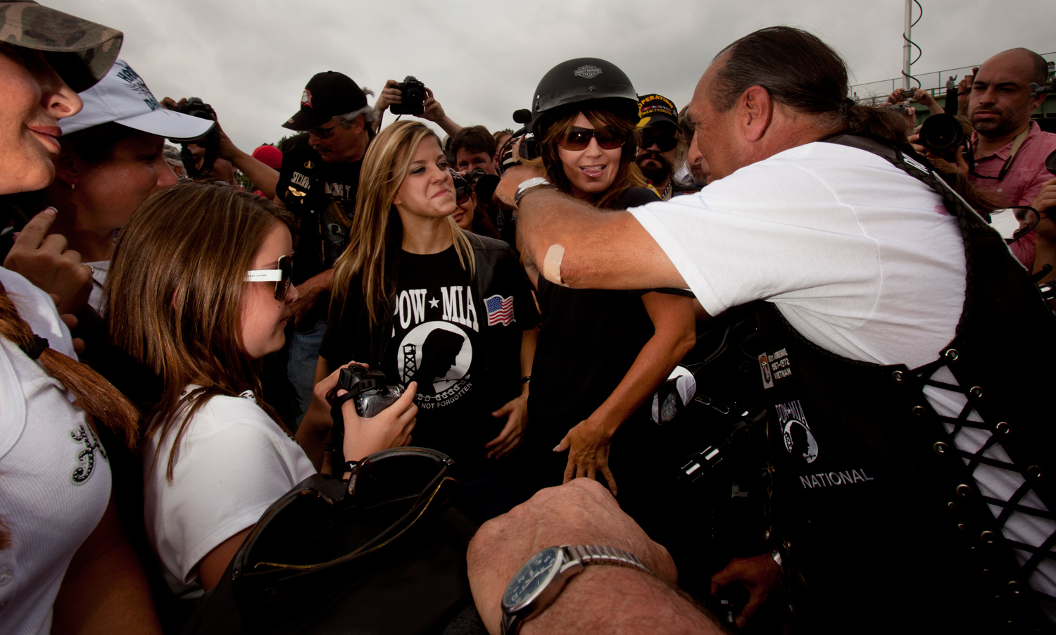 Sarah Palin mingles with bikers at the Pentagon parking lot in Washington, DC, before the Rolling Thunder rally. Sunday, May 29, 2011