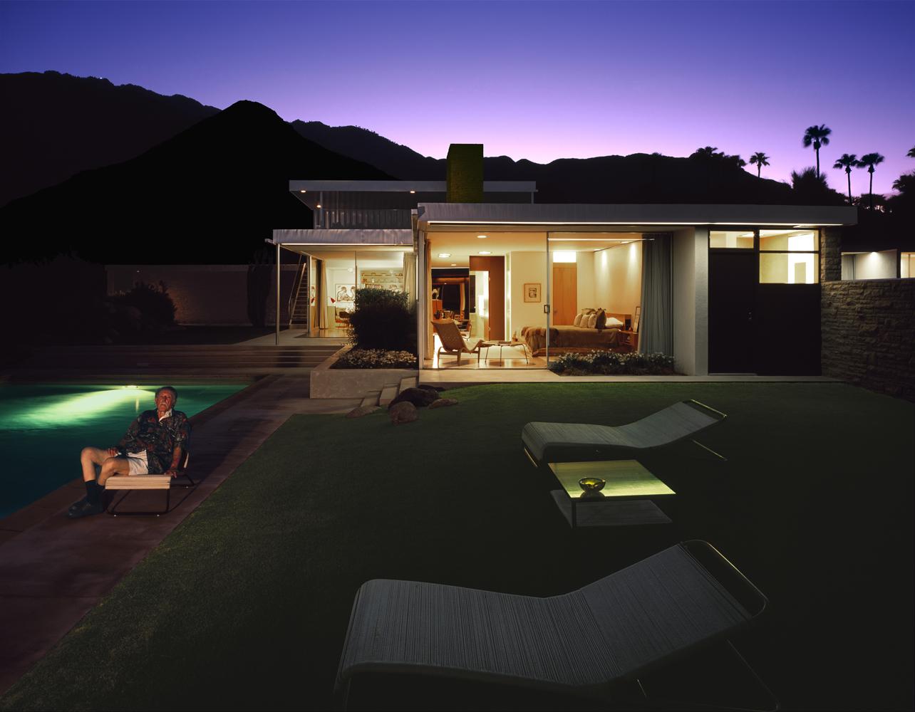 Julius Shulman with the Kaufmann House, Palm Springs, CA. 2007 Richard Neutra, architect
