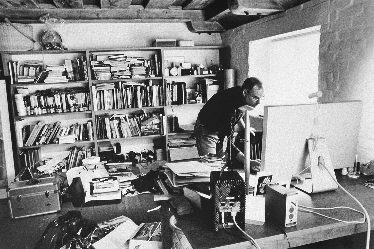 Jobs in his home office in December 2004, the last time Walker ever photographed him.