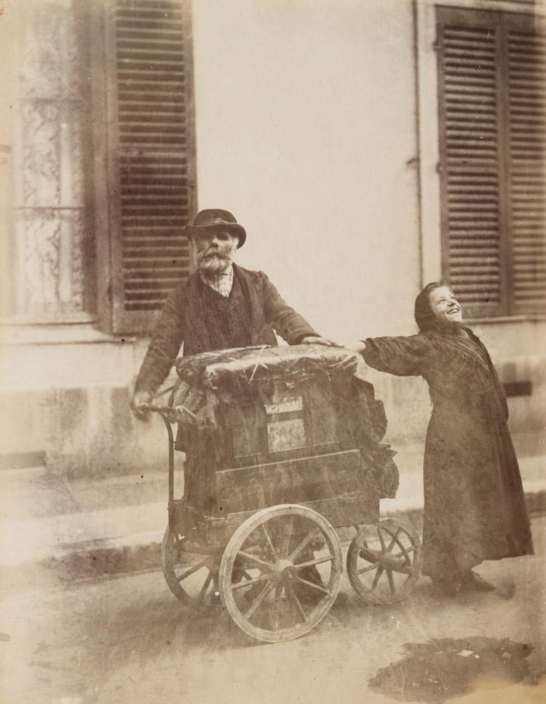 Organ-grinder, 1898-1899