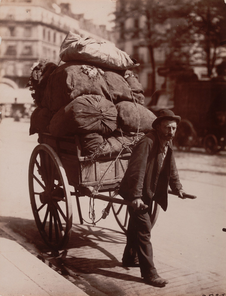 Chiffonier, 1899-1900