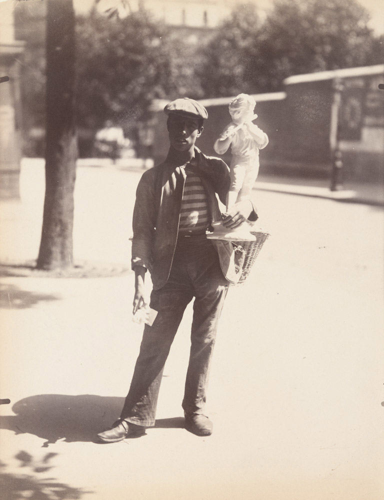 Figurine merchant, 1899-1900