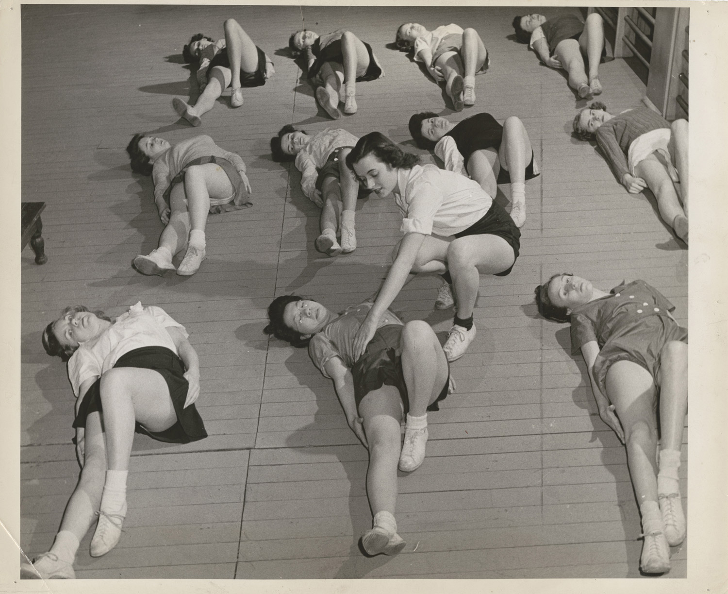 University of Toronto Physiotherapy Course, silver gelatin print, Canada, 1944