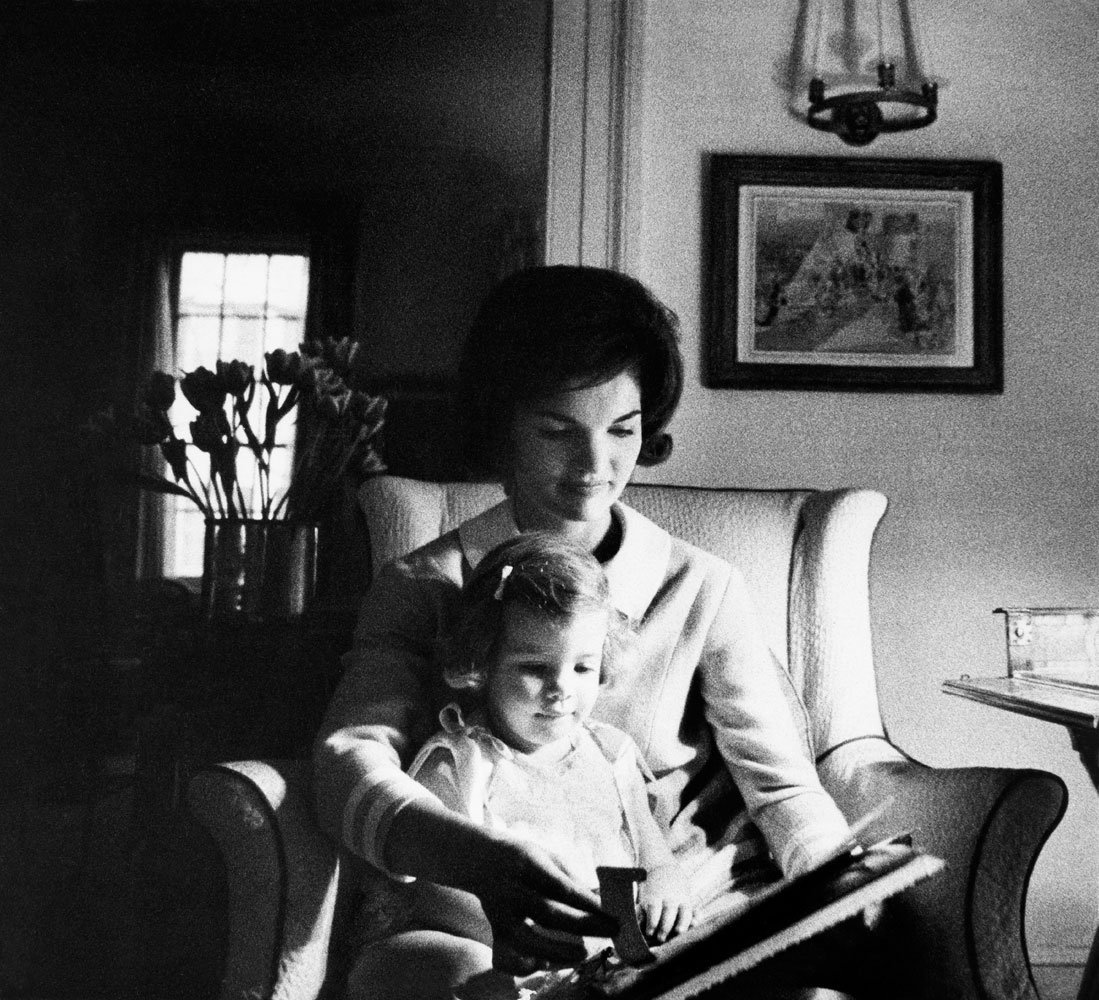 Jackie Kennedy and her daughter Carolyn in Washington, D.C., 1960.