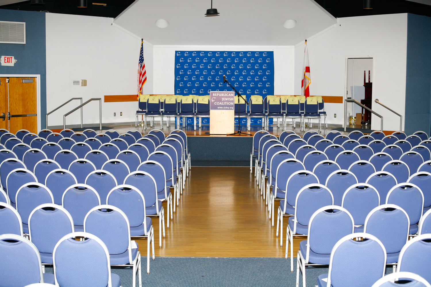 The scene before a Gingrich rally at the Republican Jewish Coalition, Delray Beach, Fla., January 27, 2012.