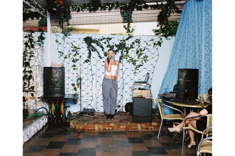 Irina Hodus sings Vspominay menya ( Remember me )                               Volna restaurant, Adler.