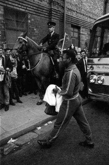 Brazil great Pelé enters the stadium in Liverpool, 1966.