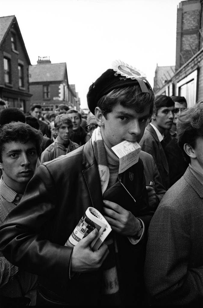 <strong>Not published in LIFE.</strong> British soccer fans, 1966.