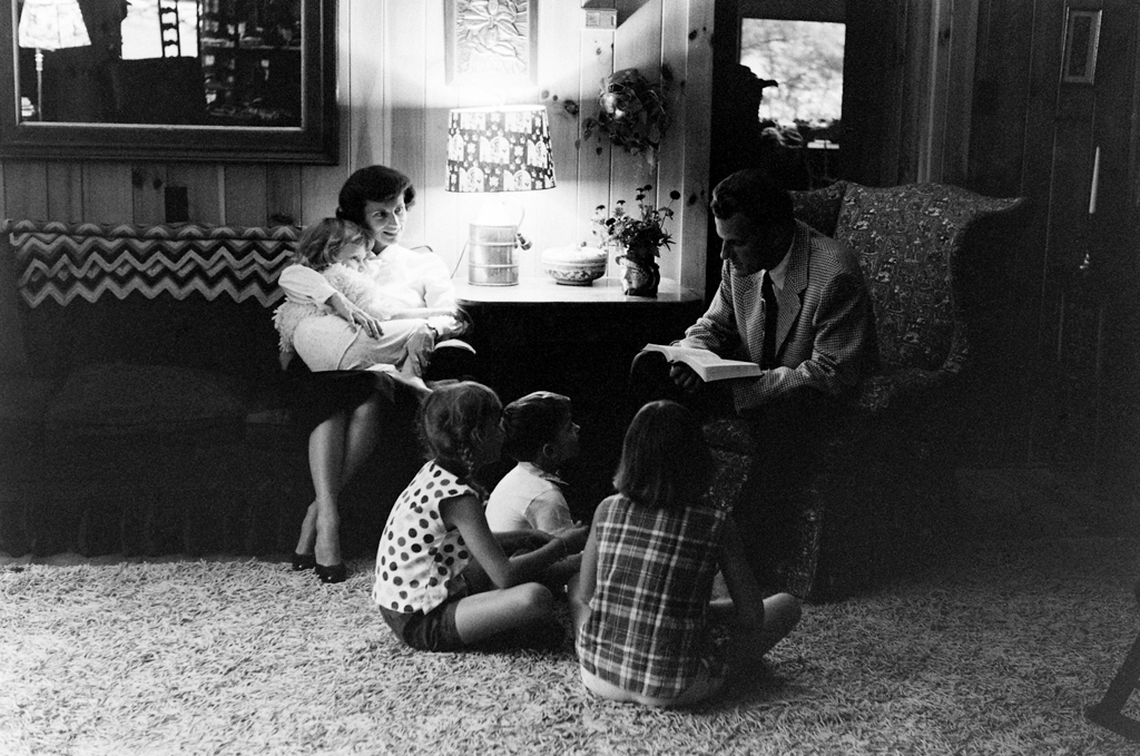 <strong>Not published in LIFE.</strong> Billy Graham and family in North Carolina in 1956.