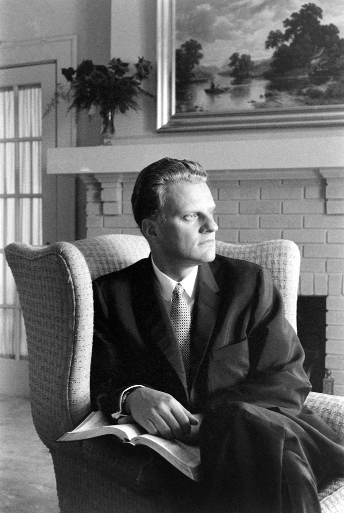 """<strong>Not published in LIFE.</strong> As the 1960 presidential campaign heated up, LIFE asked several leaders and thinkers to address the topic of """"The National Purpose"""" in a series of essays. Graham wrote that, despite America's postwar prosperity, there was a nationwide sense of unfulfillment, a """"moral and spiritual cancer"""" that could only be cured by a return to God."""