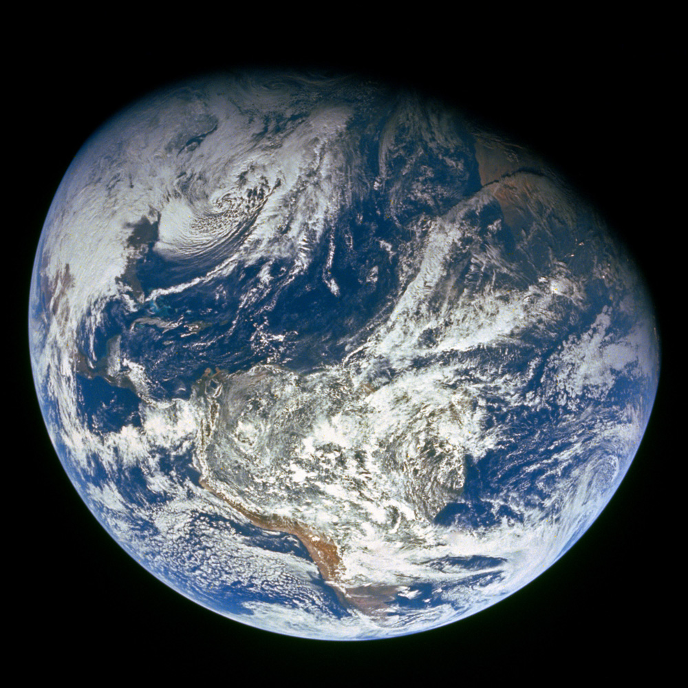 1968. Earth's rise photographed by the Apollo 8 crew.