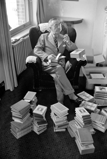 German novelist, short story writer, social critic, philanthropist, essayist and 1929 Nobel Prize laureate Thomas Mann in Tulsa, OK, in 1939.