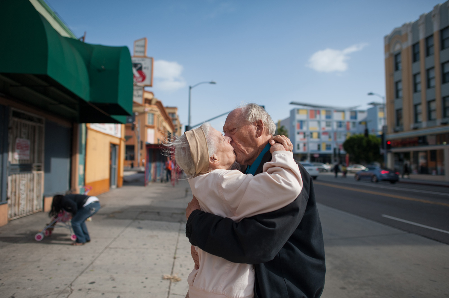 Jeanie and Will kiss, a day after a fight, 2011.