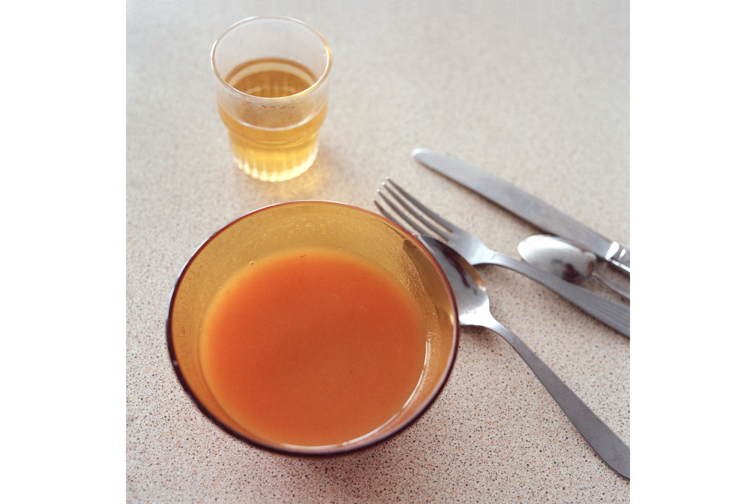 Soup and apple juice in the Alzheimer's ward