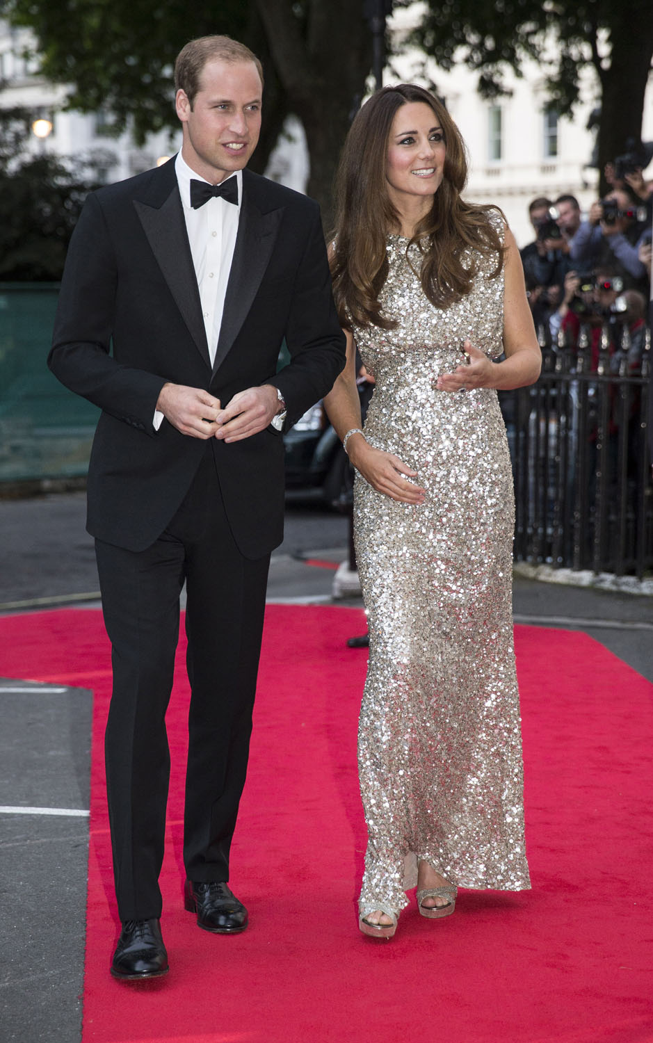 <strong>Dazzling in Silver Sequins</strong>Britain's Prince William, the Duke of Cambridge, and his wife Catherine, the Duchess of Cambridge, arrive to attend the Tusk Conservation Awards at The Royal Society in London, September 12, 2013.