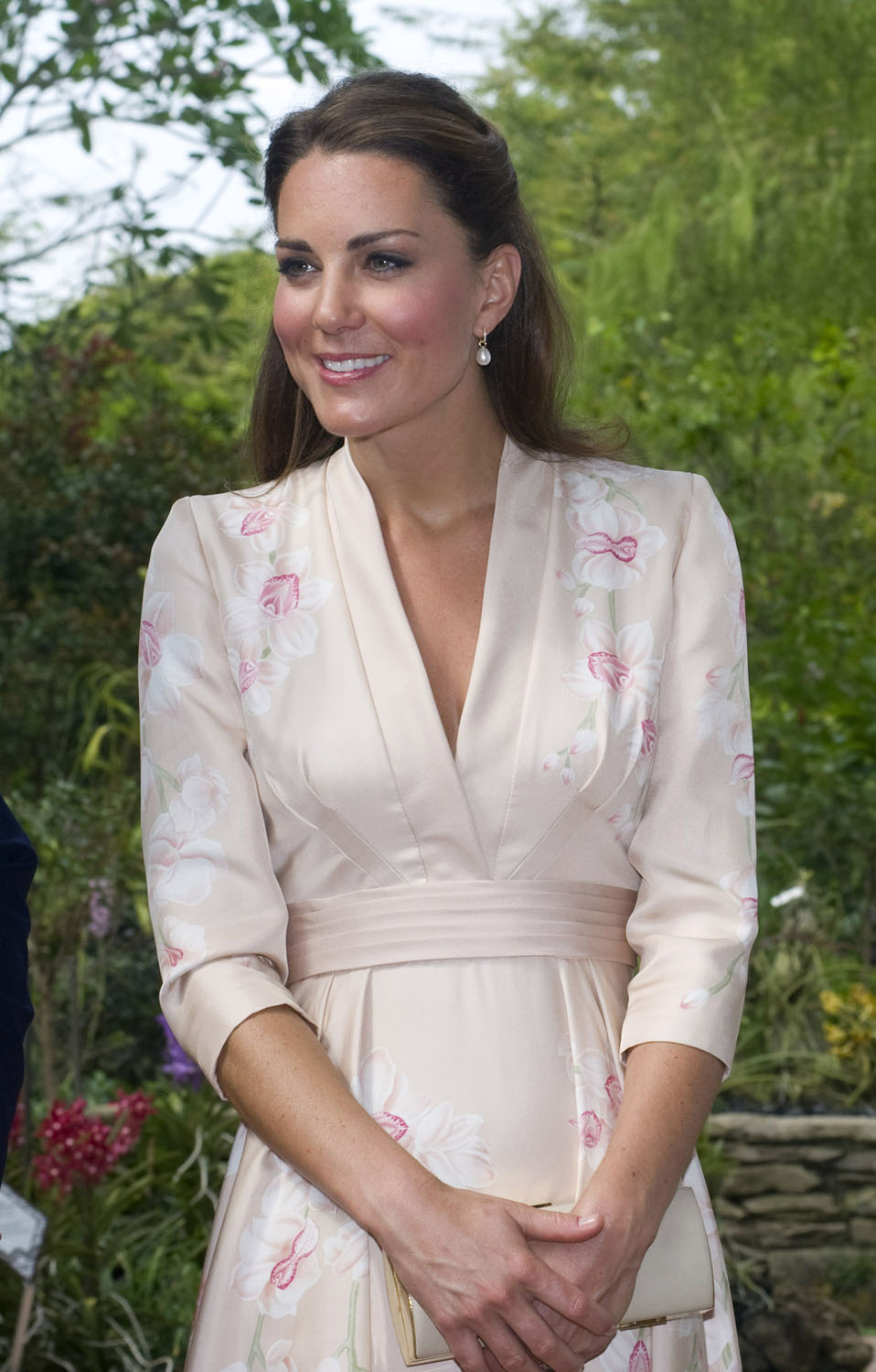 <strong>Tickled Pink</strong>Catherine, Duchess of Cambridge visits Singapore Botanical Gardens on day 1 of their Diamond Jubilee tour on September 11, 2012 in Singapore.
