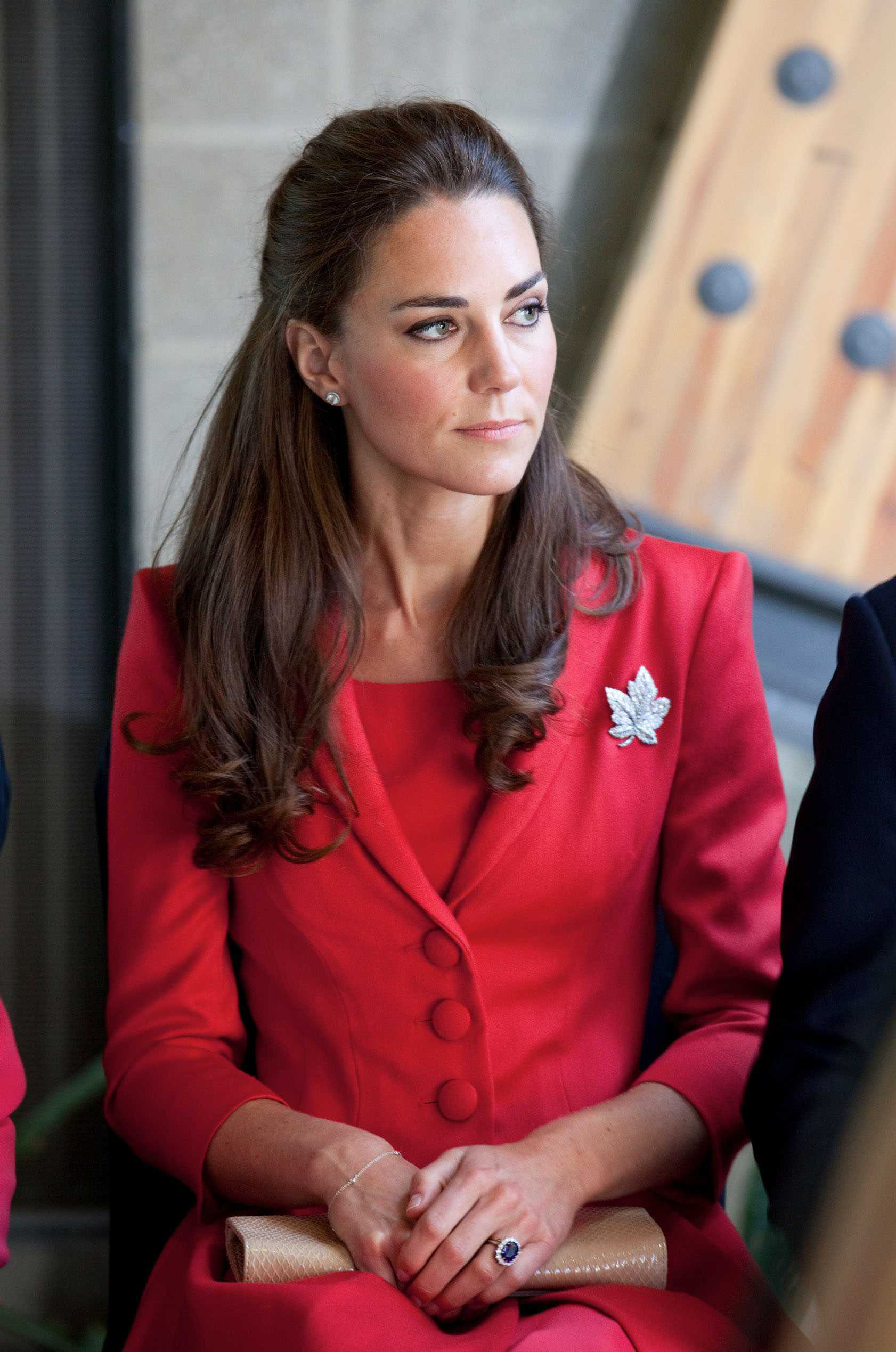 <strong>Lady in Red</strong>                                   On the final day of the Canadian leg of her North American tour, Middleton chose a red suit set, adorned with a maple-leaf brooch. The silver accessory and red outfit were a tribute to Canada's flag.