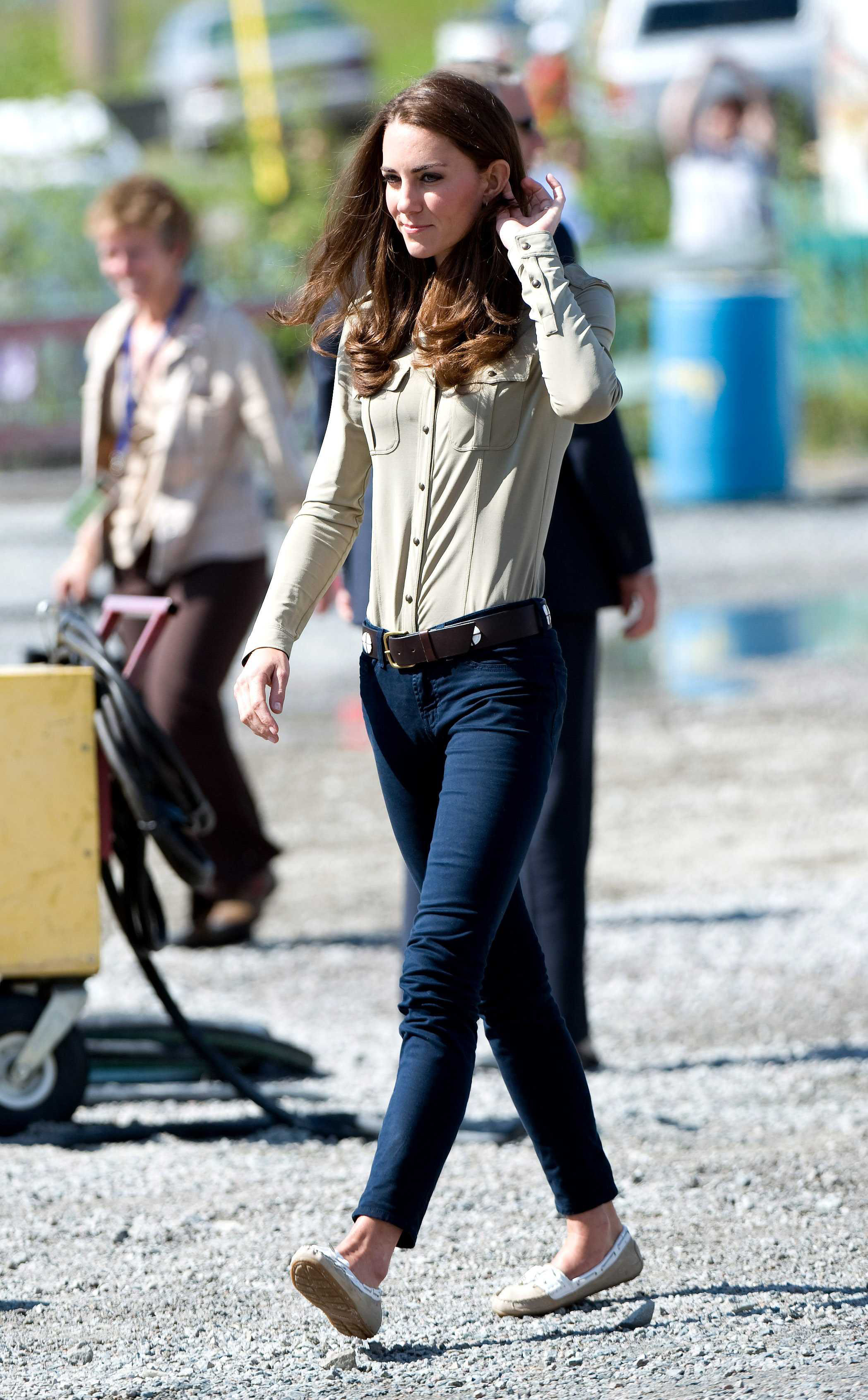 <strong>Another Casual Turn</strong>                                   Middleton wore a button-down shirt, skinny jeans and flats to board a seaplane for Blachford Lake on July 5, 2011.