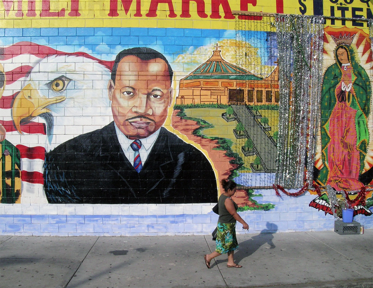 Ila Family Market, 50 Place and South Vermont Avenue, Los Angeles2004