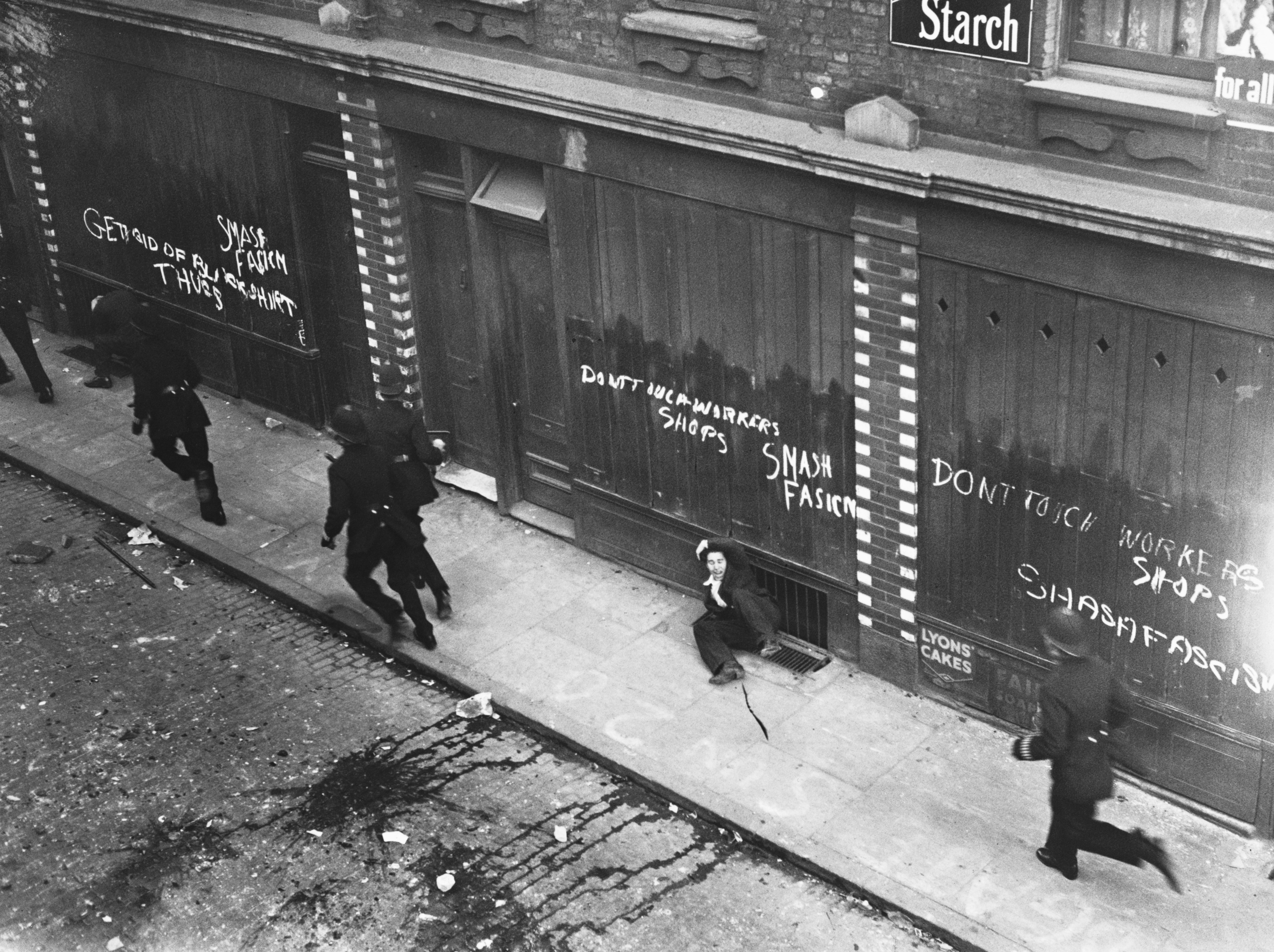 1936. Oswald Mosley's British Union of Fascists planned to march through the largely Jewish East End on Oct. 4, 1936. The government refused to stop the march, so 300,000 anti-fascist demonstrators stopped it for them in the face of 10,000 police.