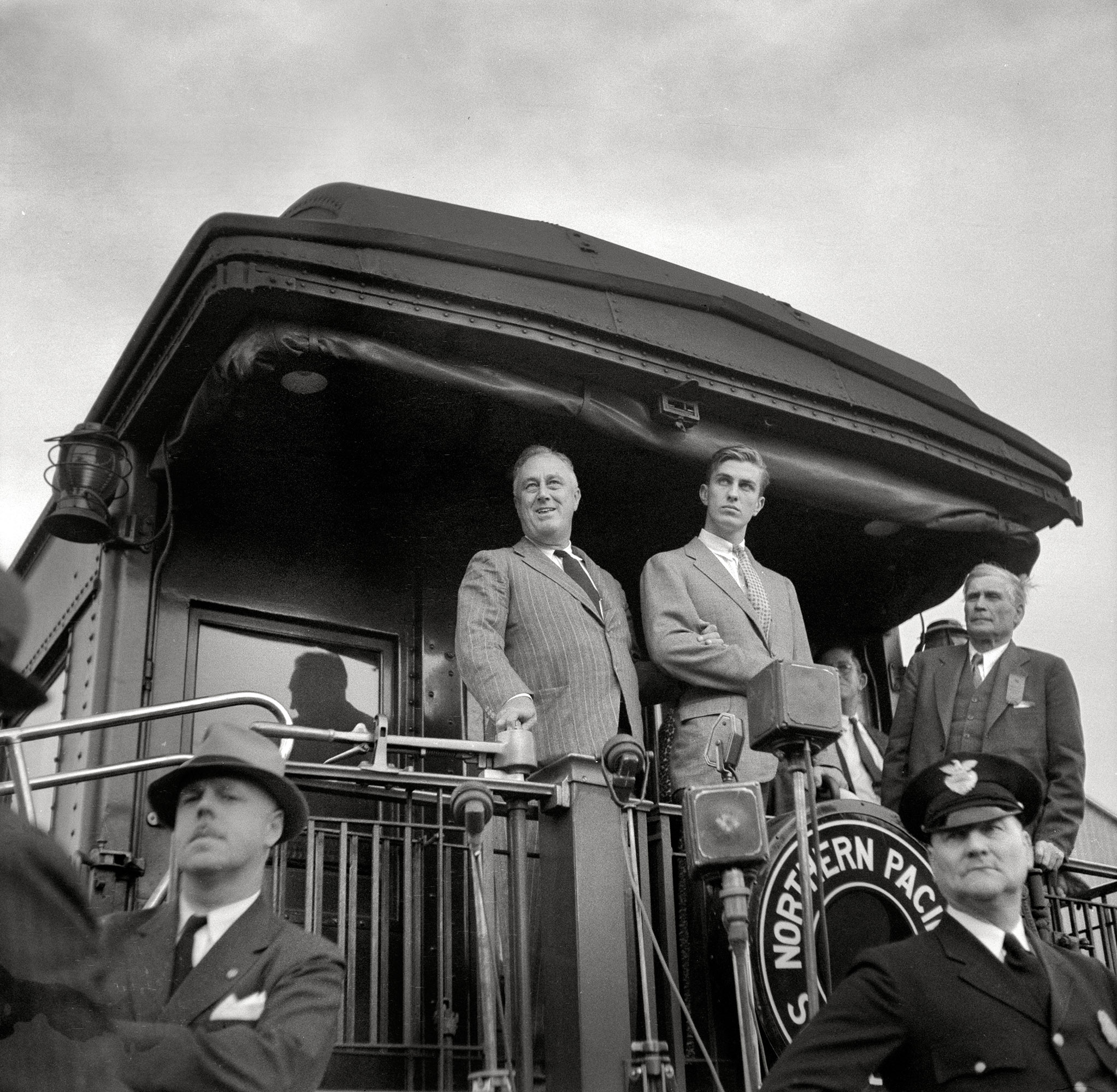 August 1936.  Tour of drought area. President Roosevelt speaking from train at Bismarck, North Dakota.