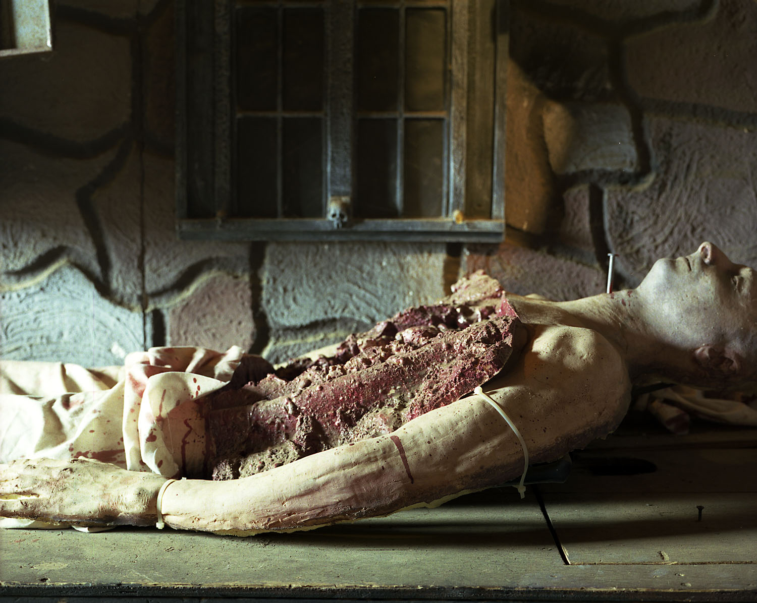 Eviscerated body on table                               Darkside Haunted House, Wading River, Long Island, N.Y., 2005