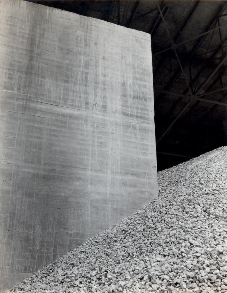 Cement Triptych-2 / La Tolteca, 1929