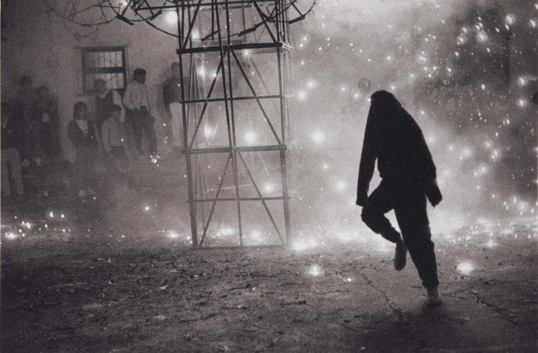 Castillo en el Barrio del Niño (Fireworks in the Barrio del Niño), c. 1990