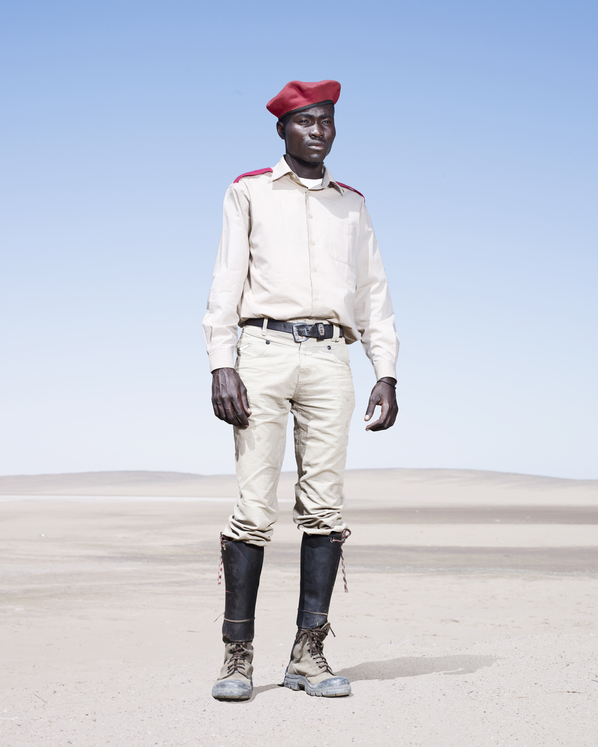 The red features of the uniform worn by this Otruppe cavalryman signal his membership in the Otjiserandu section.
