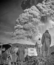 Troops watch the eruption of Mt. Vesuvius, Italy, 1944.