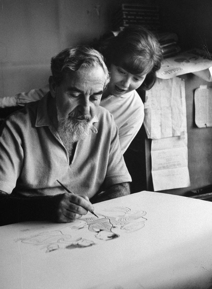 Al Hirschfeld with his daughter Nina, 1961.
