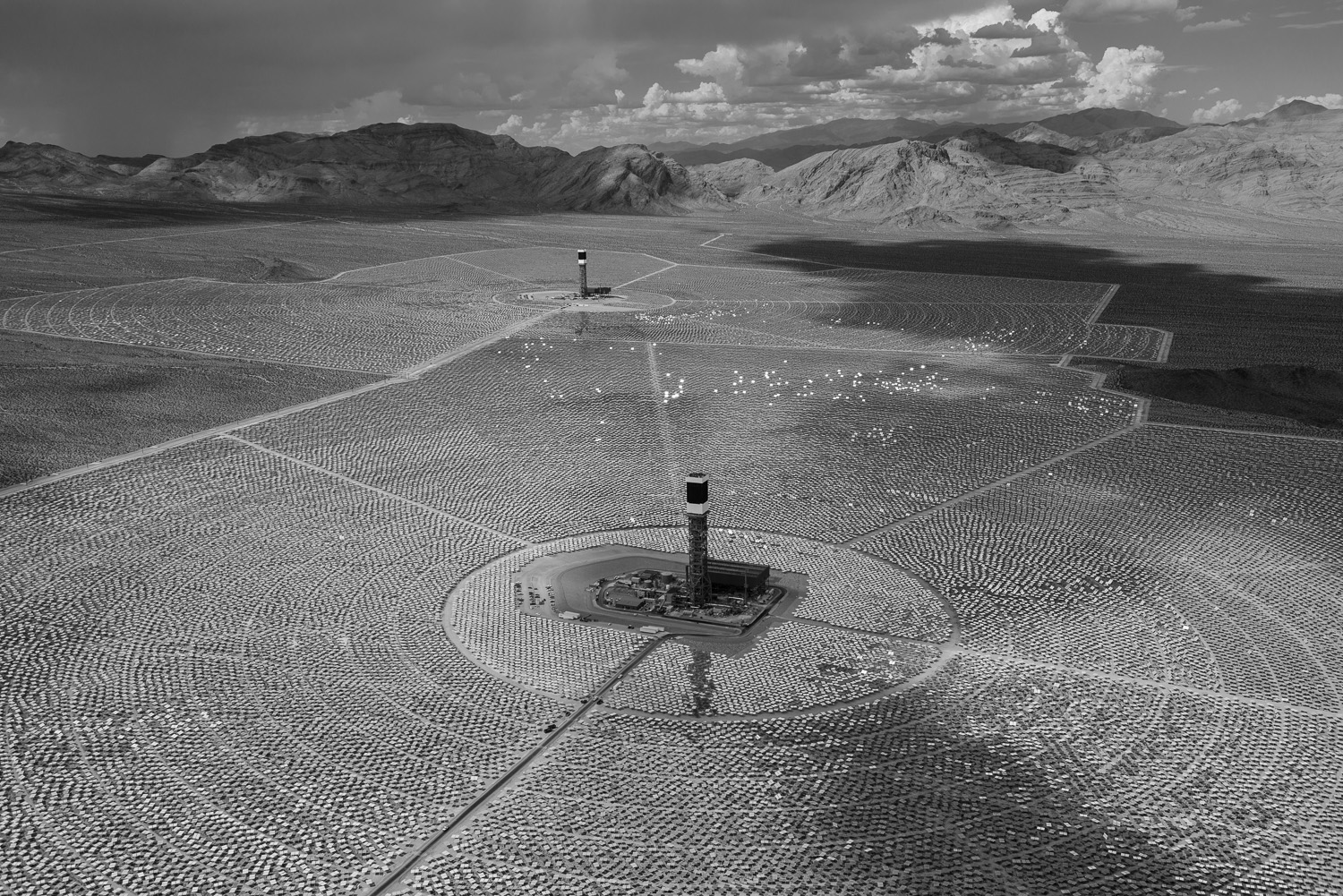 <i>Solar Fields Two and Three, 4 September 2013</i>A view to the northwest of the Ivanpah Solar  project's Solar Fields Two and Three. By the end of 2013, the project will deliver 377 megawatts of electricity to the grid, enought to power 140,000 American homes.