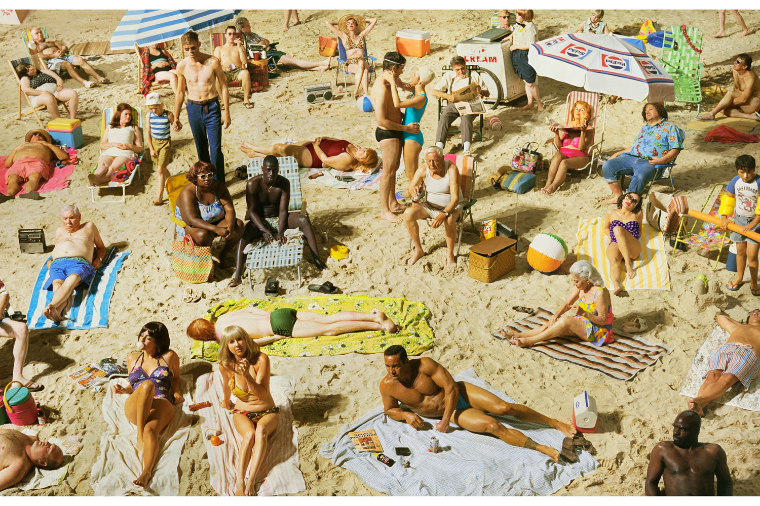 Exhibition.  Alex Prager: Face in the Crowd.  Corcoran Gallery of Art, Washington, DC. November 23, 2013 - March 9, 2014. Pictured: Crowd #3 (Pelican Beach), 2013.