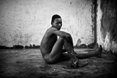Severely mentally disabled men and women are shackled and locked away in Juba Central Prison for years on end. The new nation of South Sudan faces a tremendous challenge to build a modern country capable of caring for all of its citizens. Juba, Sudan. January 2011. Photo Robin Hammond/Panos