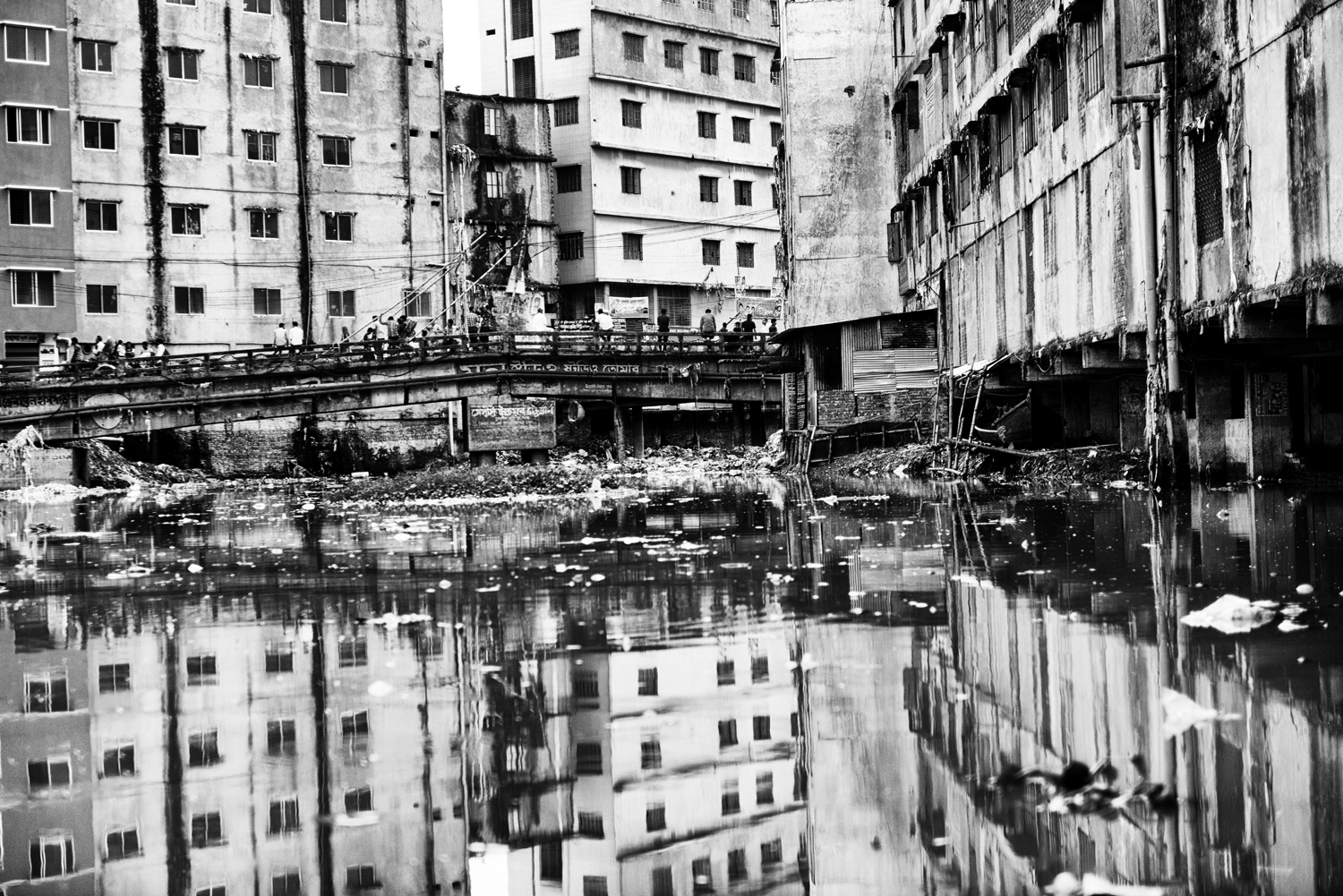 Every day almost 21,600 cubic meters of industrial sewage ends up in the Buriganga River. The Buriganga River is                               deadly due to solid polluting agents that reach its shore, Dhaka, Bangladesh.