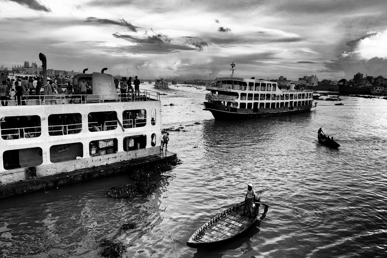 Every day tens of boats leave the Sadarghat Harbours to                               Chandpour and other destinations of the country, Old Dhaka, Bangladesh.