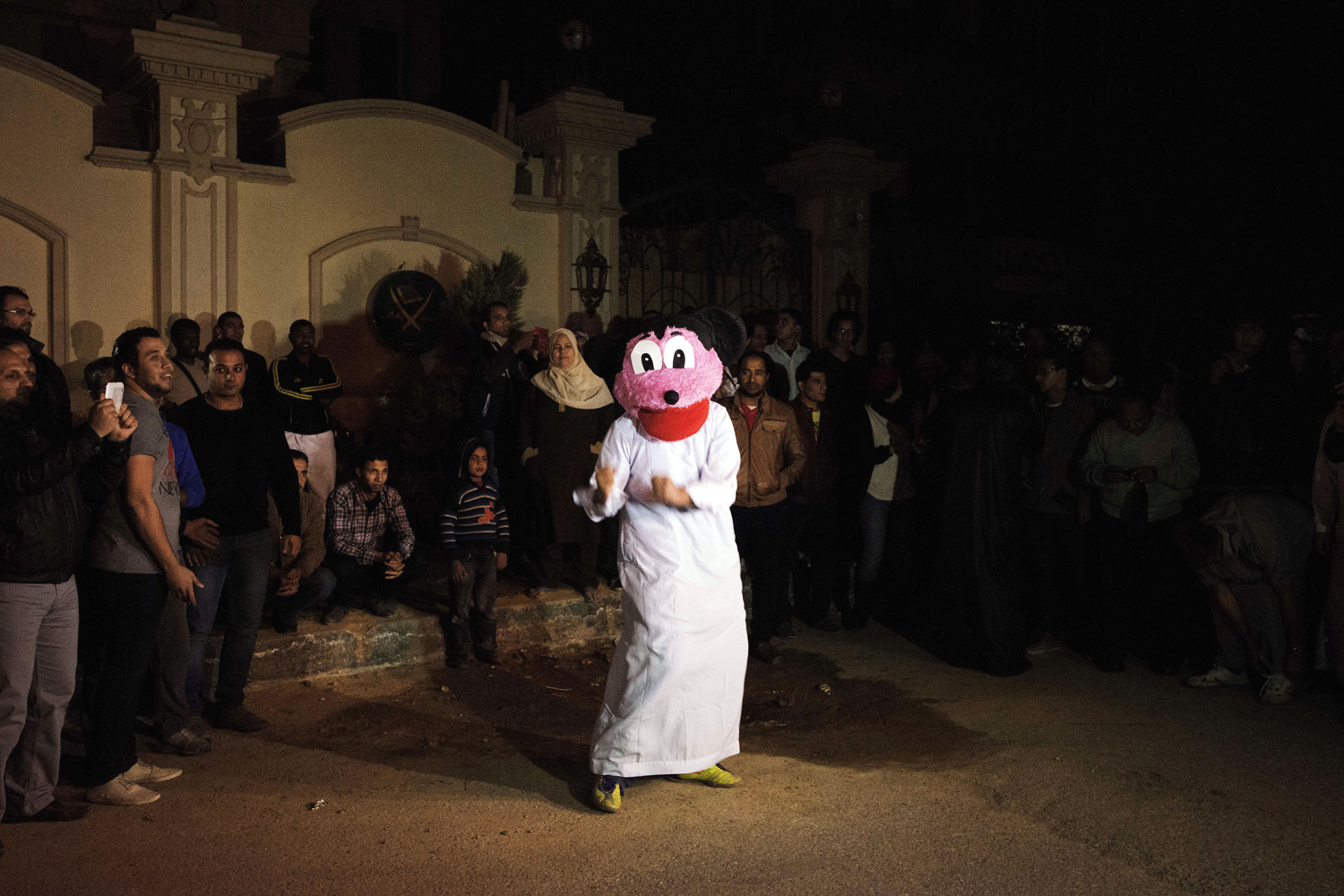 Feb. 28. 2013. Egyptian Actvists and youth perform the Internet craze, the  Harlem Shake  in front of the Muslim Brotherhood headquarters in Cairo, Egypt.