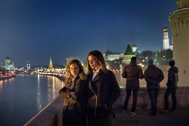 Nadezhda Tolokonnikova and Maria Alyokhina walk in downtown Moscow.