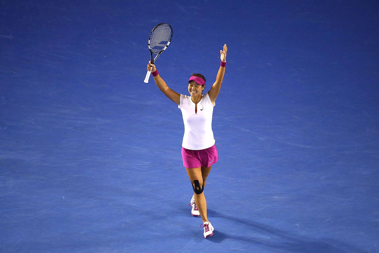 Li Na of China celebrates winning the Australian Open in Melbourne on Jan. 25, 2014