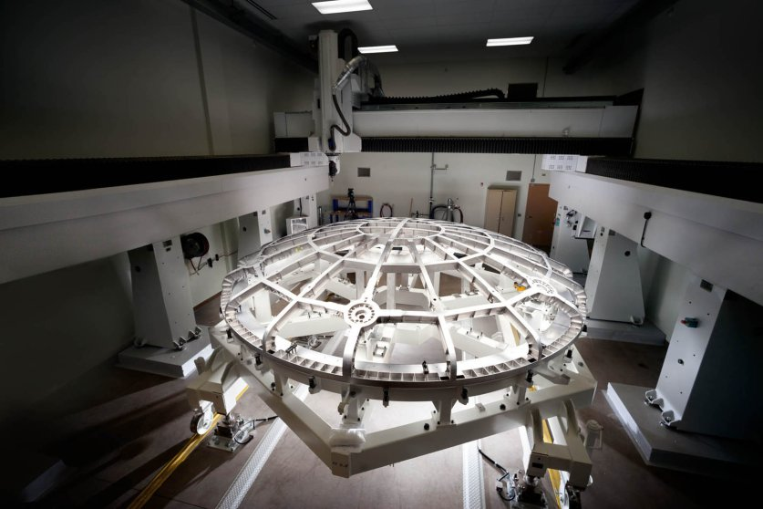 The 16.5 foot diameter, titanium structure-supported heat shield fabricated by Lockheed Martin in Denver for Orion. Textron Defense Systems, outside Boston, covered the shield's outer surface with Avcoat™, an ablative material system used on the Apollo spacecraft. The shield will have to withstand temperatures of 4,000 degrees F (2,200 C).