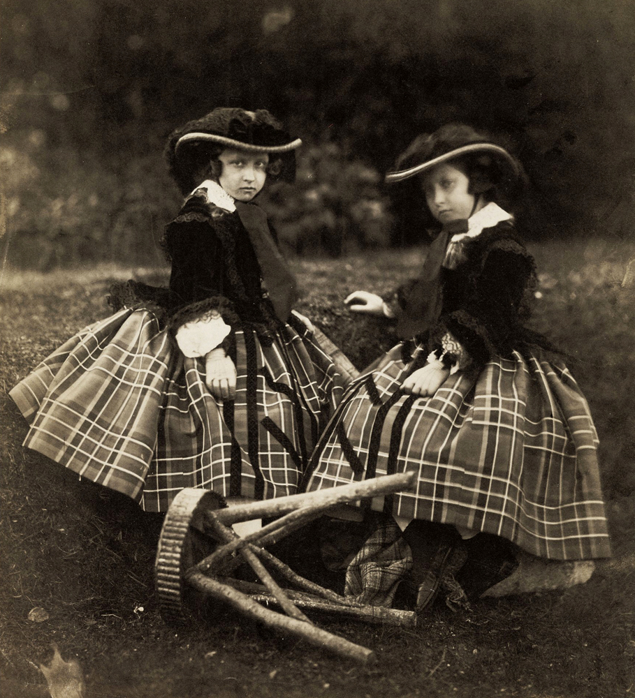 Princesses Helen and Louise, 1856