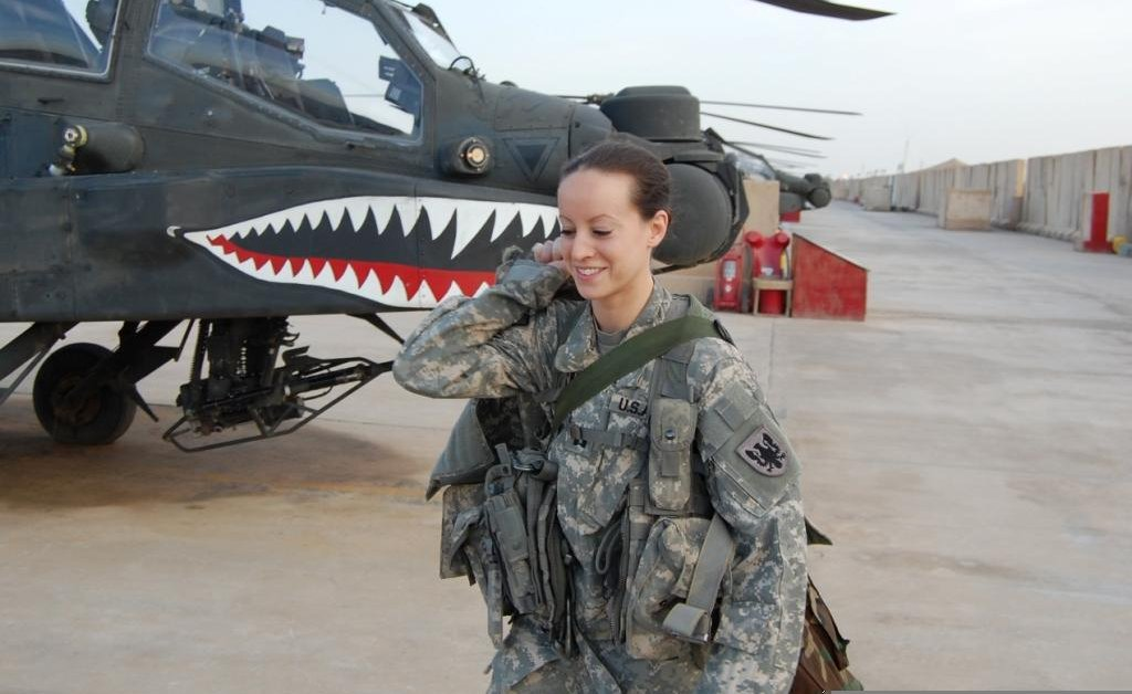 Female Army Helicopter Pilots Crash