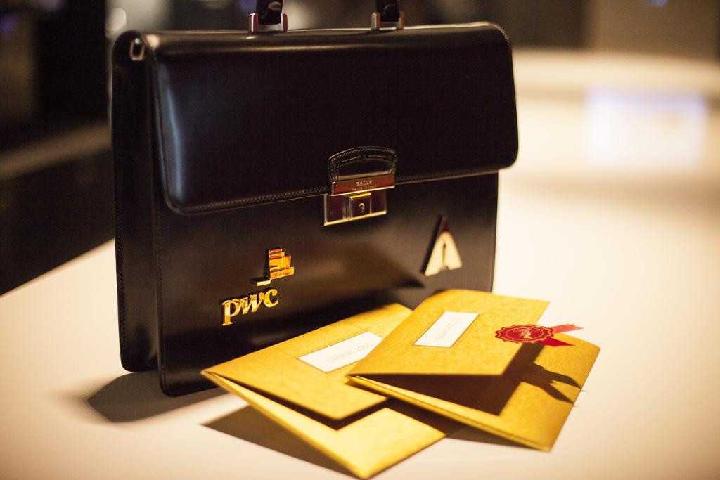New 2014 PwC briefcase with Oscar® envelopes