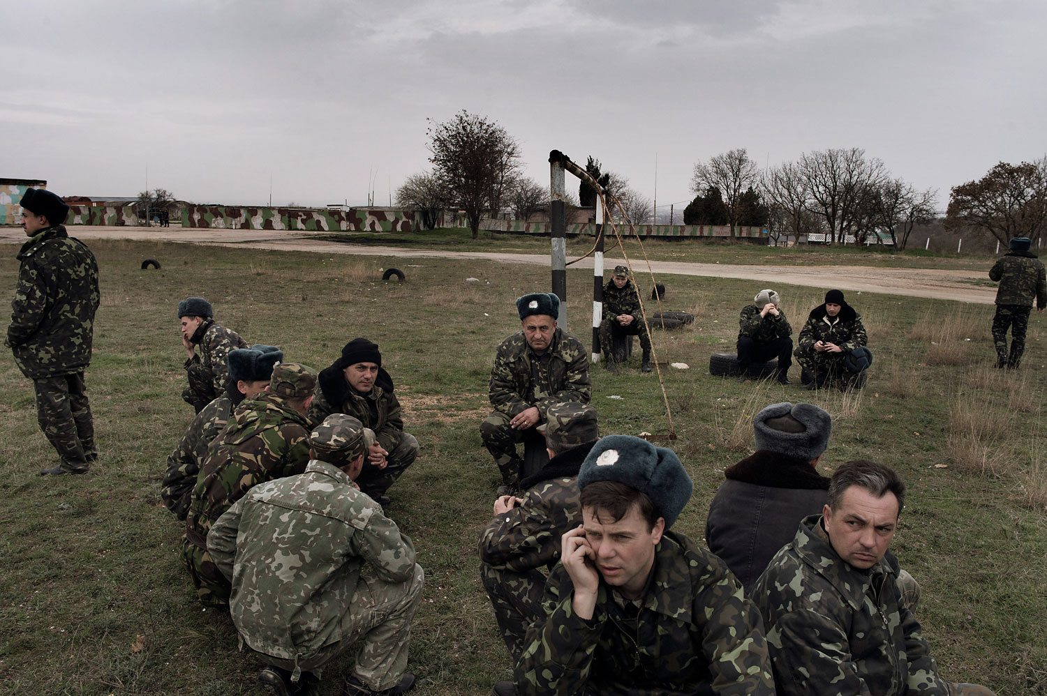 Ukrainian soldiers at the Belbek air force base in Crimea, March 4, 2014.