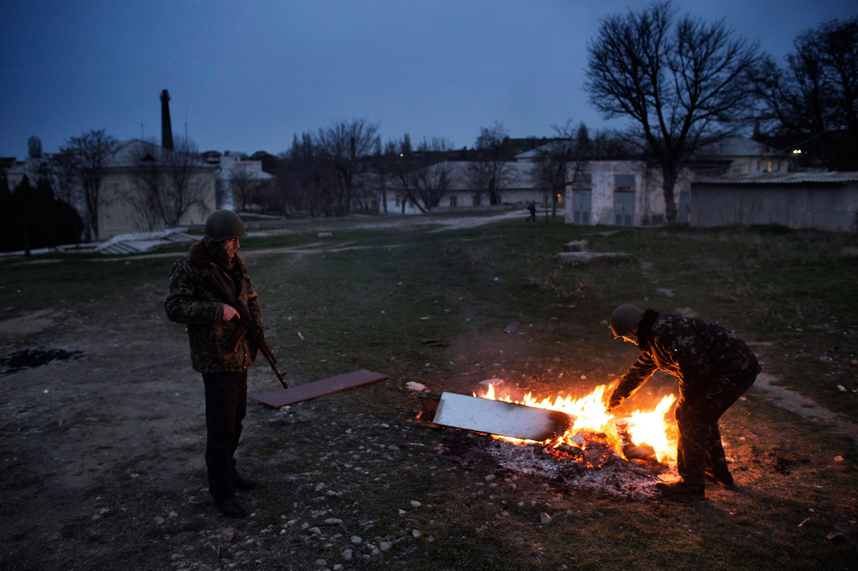 Ukrainian officers on guard at the Belbek air force base, outside Sevastopol, March 4, 2014.