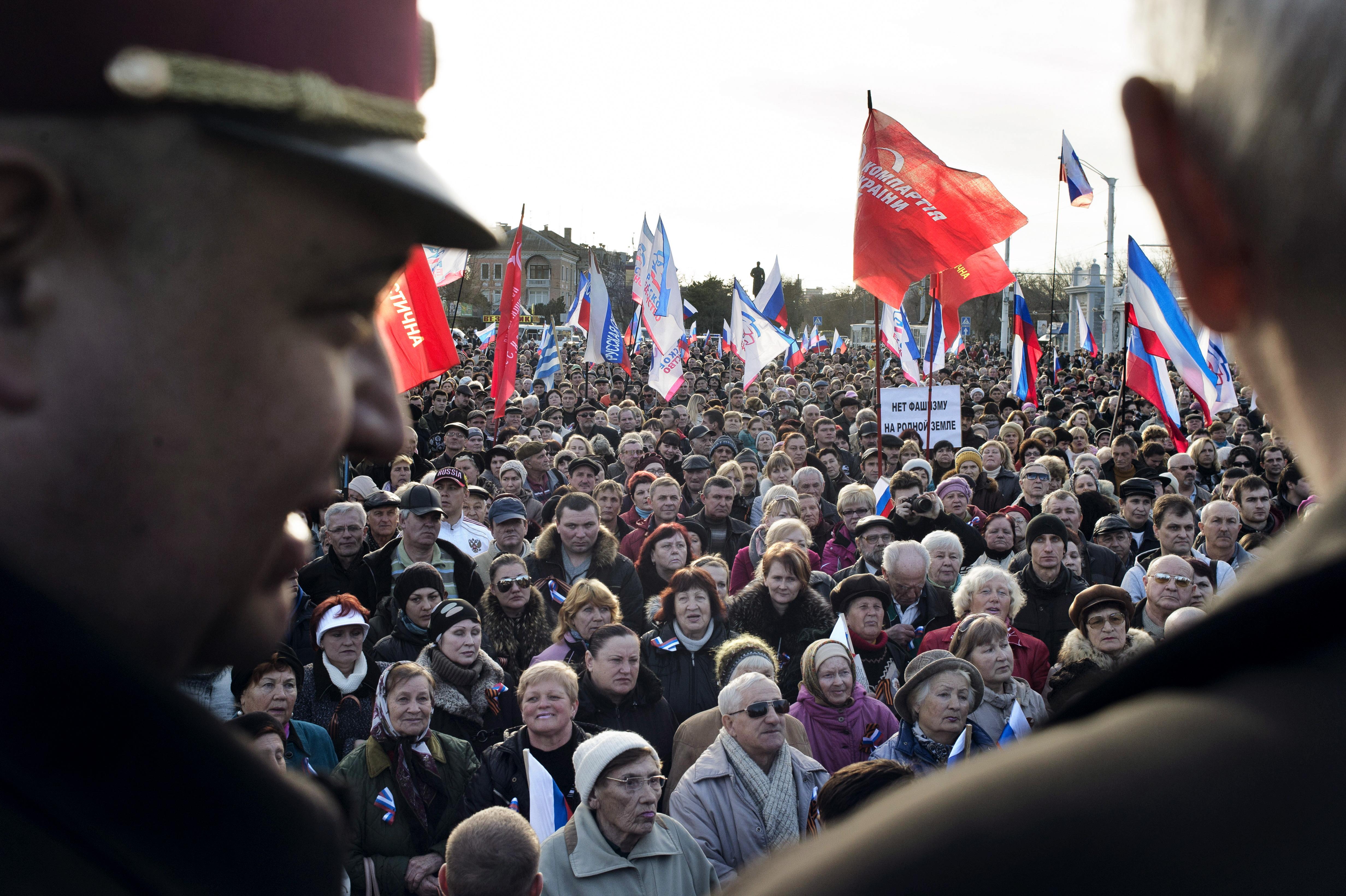 Pro-Russian gathering in Yevpatoria, Ukraine, March 5, 2014.