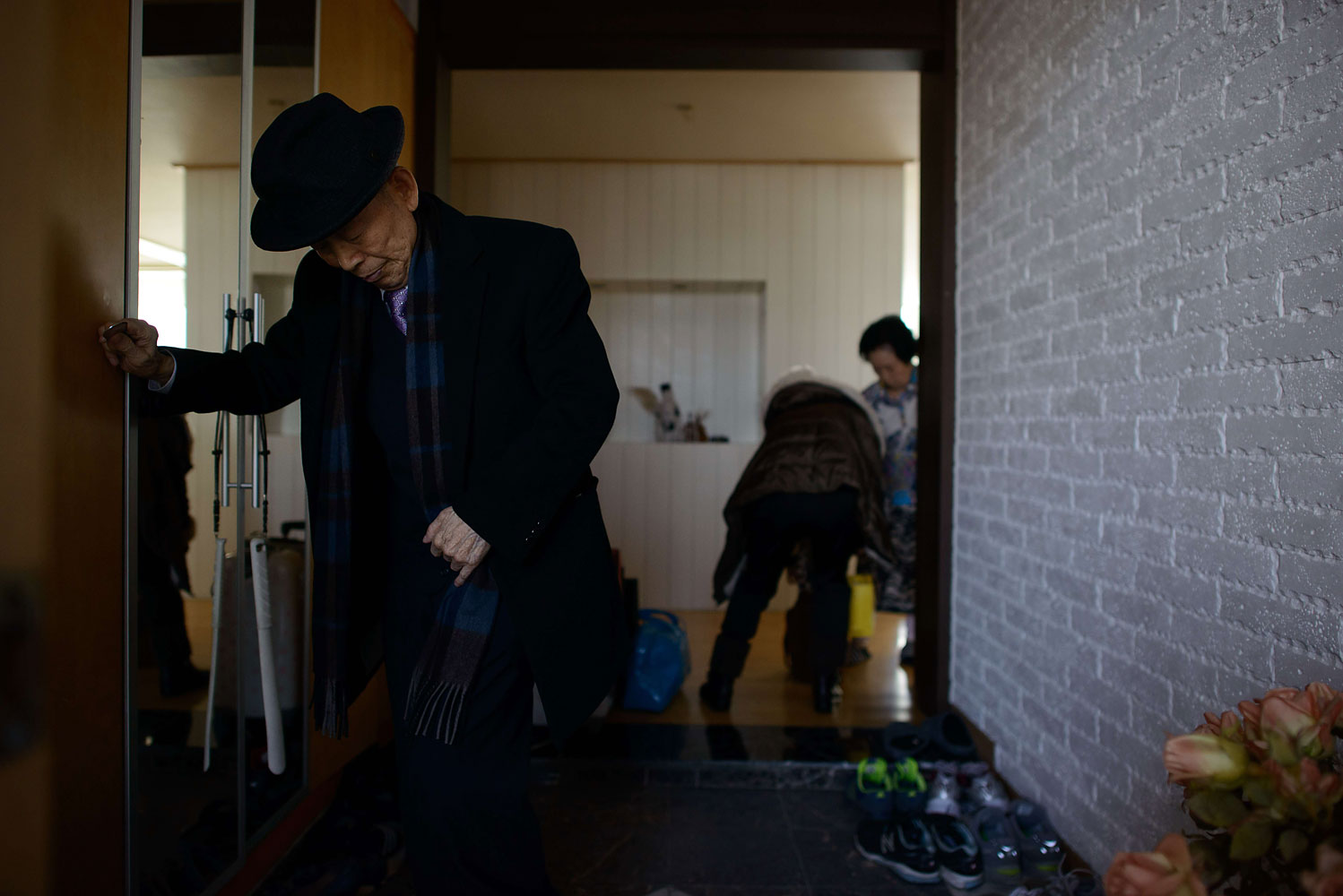 Kim Se-Rin leaves his home on the outskirts of Seoul, as he prepares to visit his relatives in North Korea whom he had not seen for 60 years, Feb. 19, 2014.