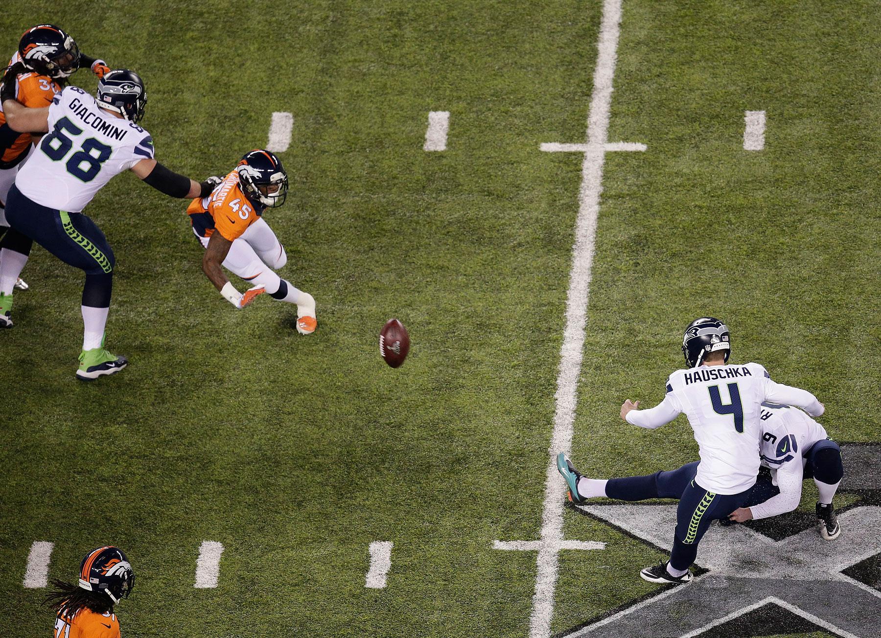 Kicker Steven Hauschka of the Seattle Seahawks kicks a 31 yard field goal during first quarter.