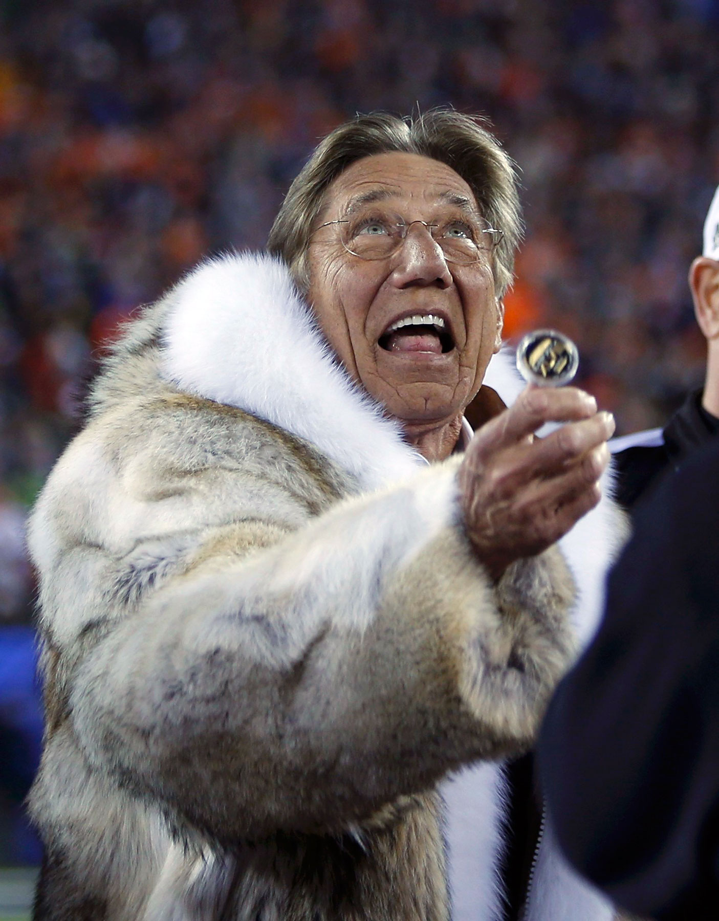 Former New York Jets quarterback Joe Namath performs the official coin toss prior to the start of                                the NFL Super Bowl XLVIII.
